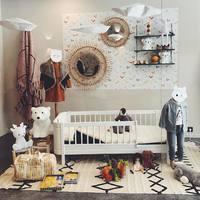 ✨Nouvelle vitrine !! Des tapis @lorenacanalsrugs , le très joli lit evolutif de chez @oliverfurniture qu'on adore et qui convient aux bébés puis aux enfants (de la naissance jusqu'a 8 ans)♥️.  A découvrir aussi des veilleuses, des miroirs ... . Et sur la 3 eme photo le nouveau cododo/berceau de chez Oliver Furniture, aussi ☺️ Alors ça vous plaît ?! 🥰 belle soirée à tous 😘😘 #ouimums #ouimumslaboutique #listedenaissance #listedenaidsanceauouimums #boutqiue #marseille #kids #decochambrebebe #decochambreenfant #tapis #miroir #litbebe
